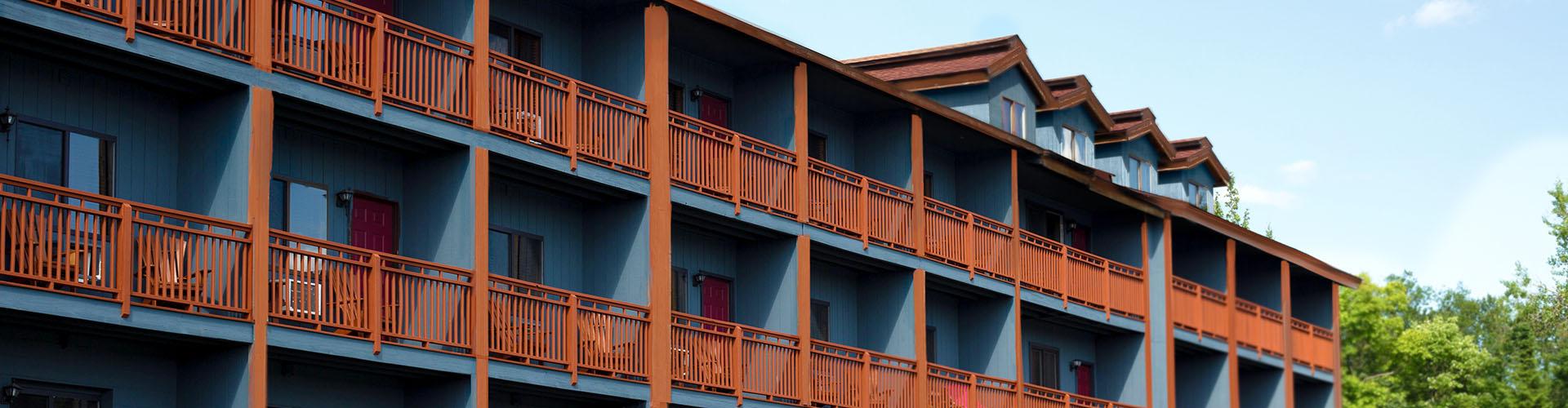 WEI_Plain-Building_hHeader-19